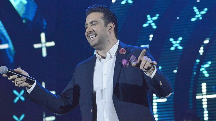 Omid Hajili – Delbar (Live) Video